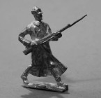 2132 E1 Russia Private attacking Infantry  1914